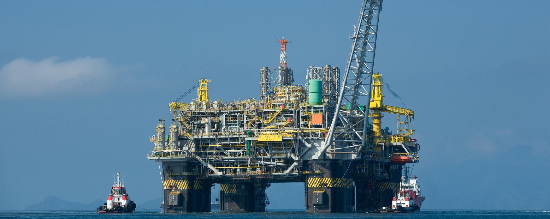 Oil_platform_P-51_Brazil-e1407507742215